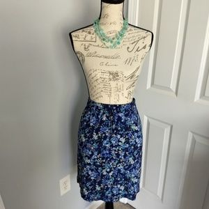 Women's soft floral print skirt w/pockets!